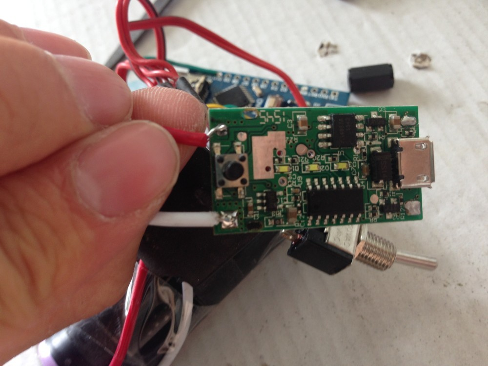 The frontside of the power bank controller board