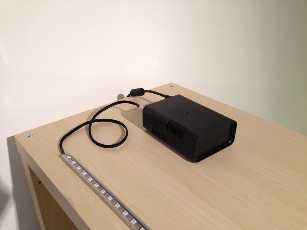 VibeLight-Gateway mit angeschlossenem LED-Streifen